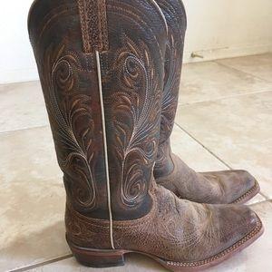 Women's Ariat Boots 7.5B